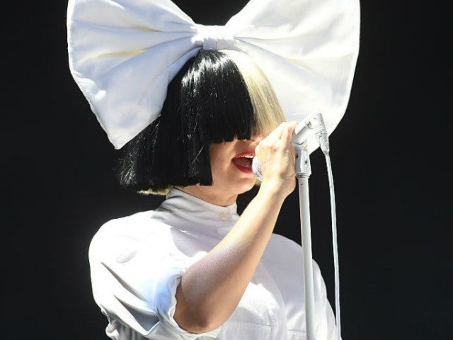 Sia Has Words for Taylor Swift Fans Accusing Her of Using Blackface