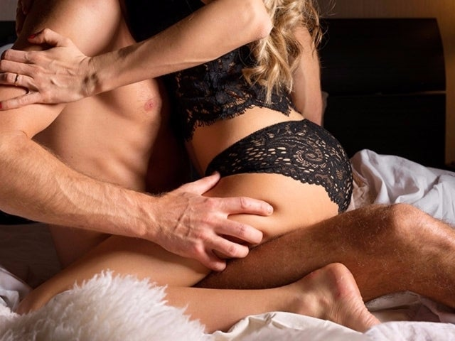 Have A Tantric Sex Experience That Will Blow Both Your Minds