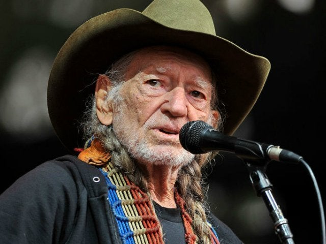 George Strait, Alison Krauss and More to Perform at Willie Nelson Tribute Concert