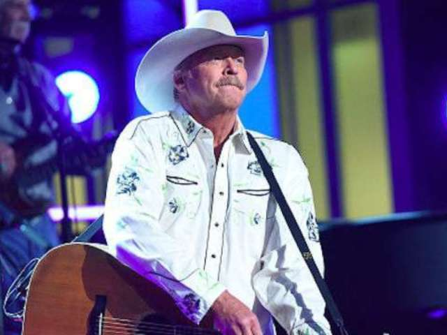 Alan Jackson's Favorite July 4th Memory Involves New York City and a Boat