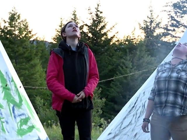 'Alaskan Bush People' Take on 'Howling Contest' in New Clip