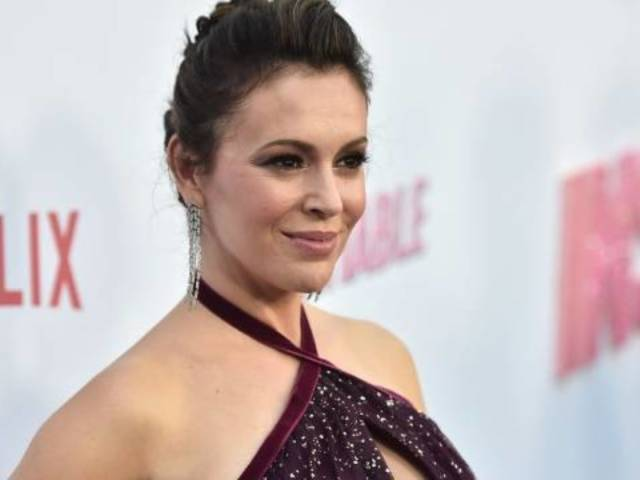 Alyssa Milano Says Bill Clinton 'Probably' Should Have Been Investigated for Sexual Misconduct Allegations
