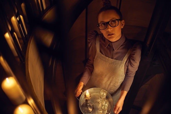 American-horror-story-apocalypse-season 8-Billie_Lourd_0158_re