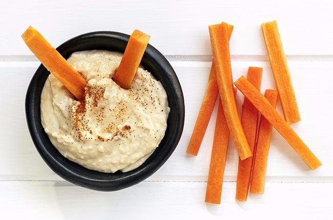 carrots-hummus