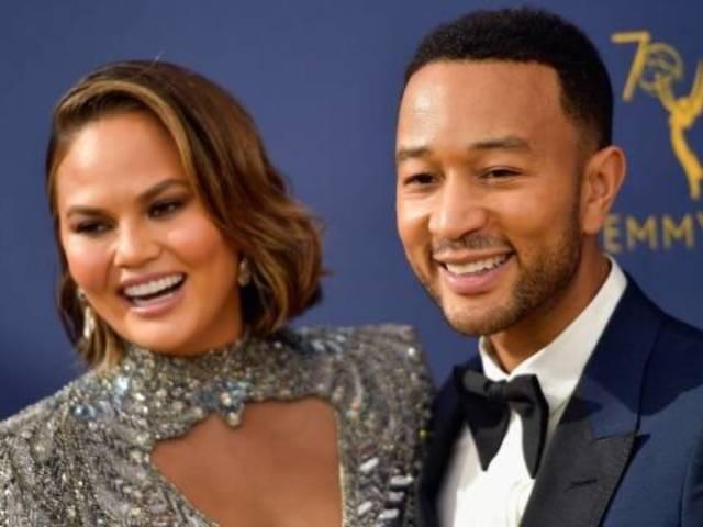 Emmys 2018: Chrissy Teigen Makes Hilarious Reaction After Roseanne Joke