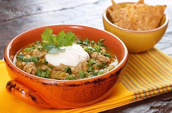 Crockpot-Turkey-White-Bean-Pumpkin-Chili-550x360