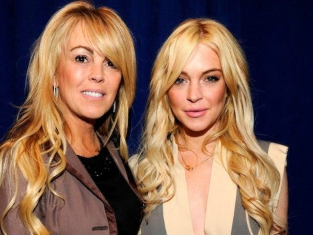 Lindsay Lohan Acting Like Dina Lohan's 'Momager' for 'Celebrity Big Brother'