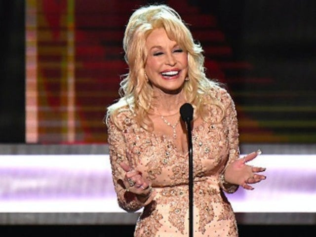 Dolly Parton Releases 'Here I Am' With Sia From 'Dumplin' Soundtrack