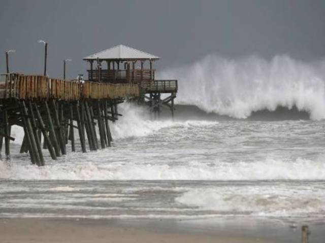 Watch Water Surge on North Carolina Coast as Hurricane Florence Approaches