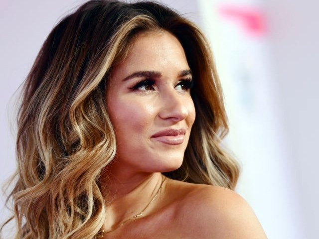 Jessie James Decker Reveals She Doesn't Have a Nanny
