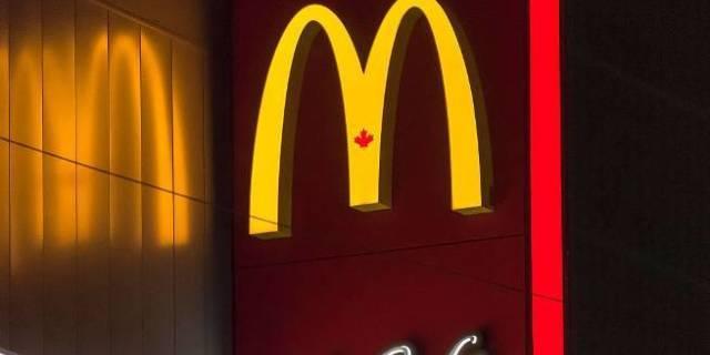 McDonald's Giving Away Free Cheeseburgers Next Week