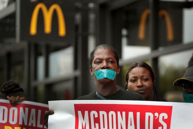 mcdonalds-protest-sexual-harssment-getty-Scott Olson : Staff