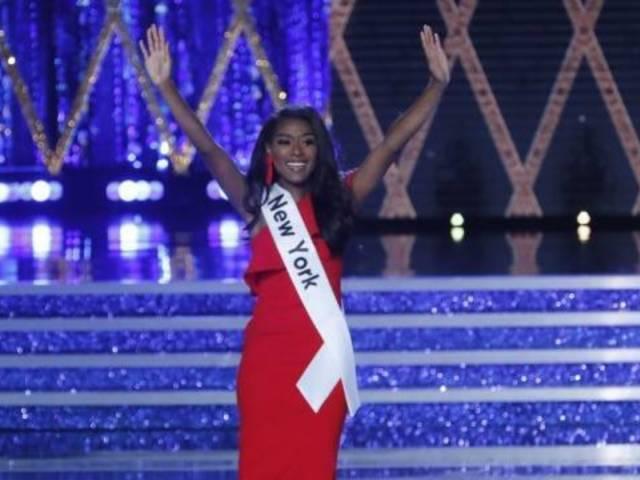 Miss America 2019 Crowns Miss New York Nia Franklin as Winner