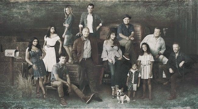 modern-family-season-10-cast-photo