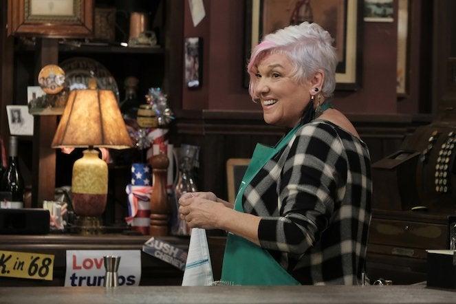 murphy-brown-revival-episode-1-CBS-3
