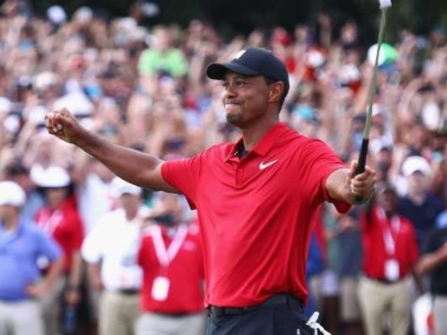 Tiger Woods Wins The Masters and Fans Are Erupting
