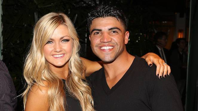victor-ortiz-lindsay-arnold-dancing-with-the-stars_getty-Jesse Grant : Stringer
