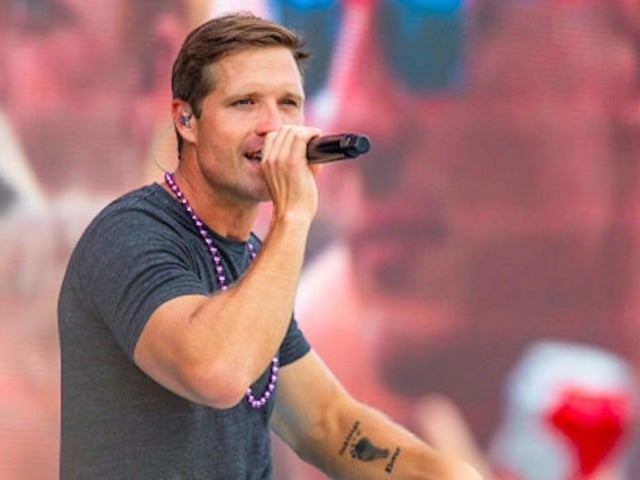 Walker Hayes Launches Dream On It Tour to Meet His Fans
