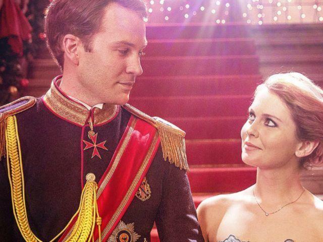 Netflix: New Secret Codes for Hidden Christmas Movies