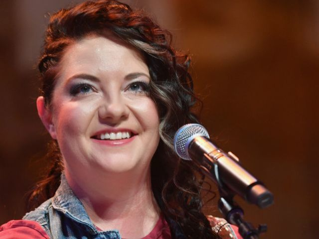 Ashley McBryde Expresses Gratitude for Teacher Who Discouraged Her Music Aspirations