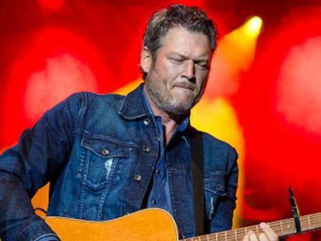 Blake Shelton Announces Friends & Heroes Tour