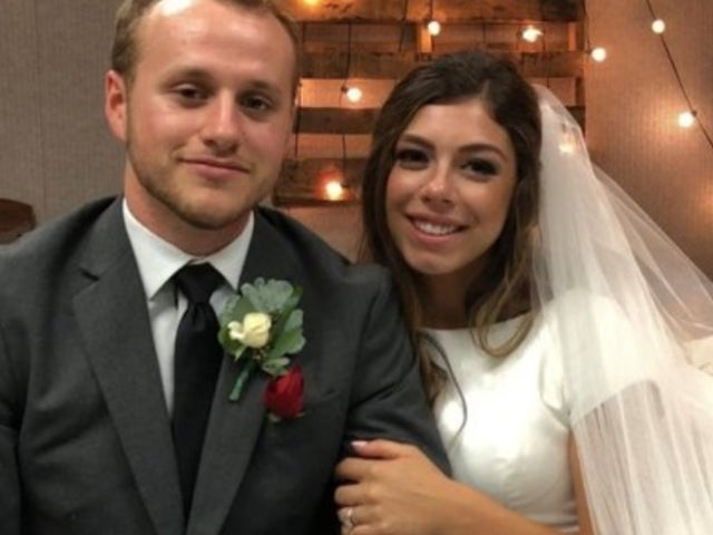 Josiah Duggar Reveals He 'Practiced' Kissing on His Hand Before Wedding