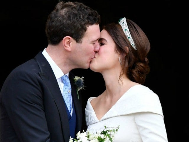 See Princess Eugenie's First Kiss With New Husband Jack Brooksbank