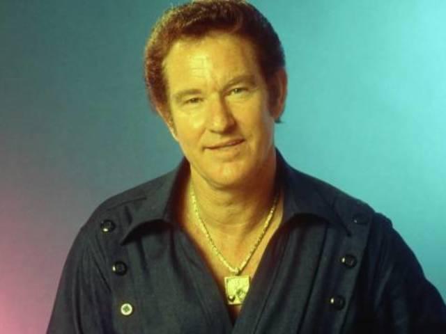 Country Singer Freddie Hart Dead at 91