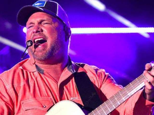 Garth Brooks, Kacey Musgraves to Perform at iHeartRadio Music Awards
