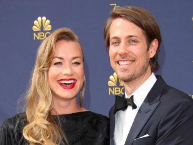 'Handmaid's Tale' Star Yvonne Strahovski Welcomes First Child