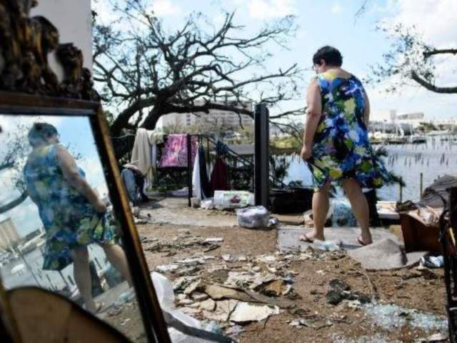 6 Dead as Hurricane Michael Batters Southeastern US