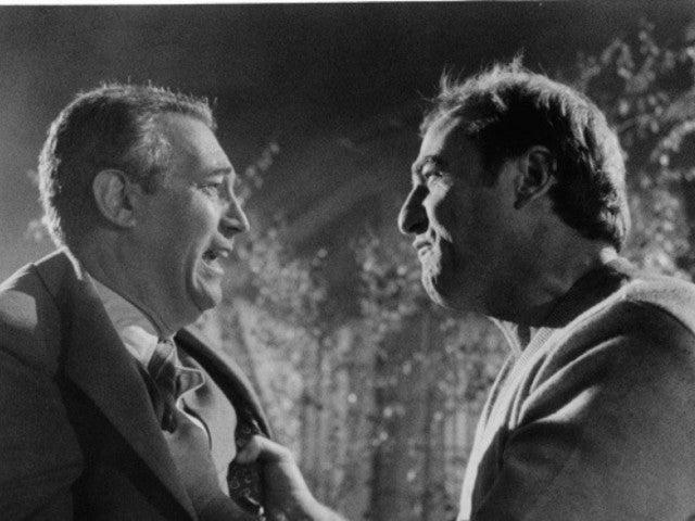 'Poltergeist' Actor James Karen Dies at 94