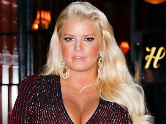 Jessica Simpson Staying in $4K per Night Birthing Suite After Welcoming Birdie