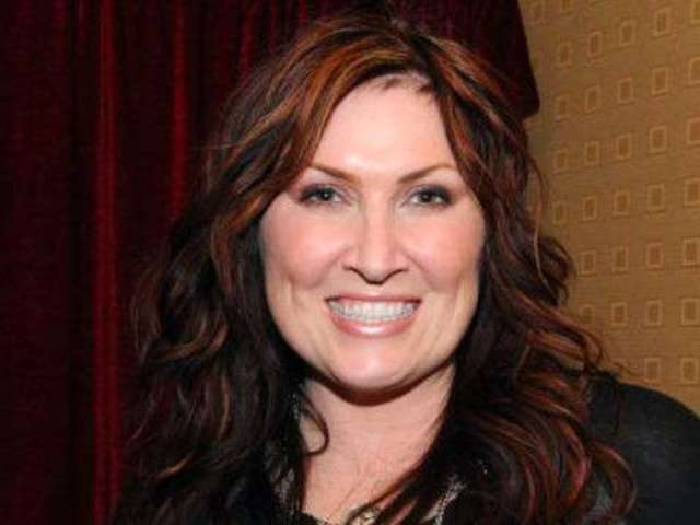 Jo Dee Messina Filled With 'Gratitude and Joy' Following Cancer Surgery
