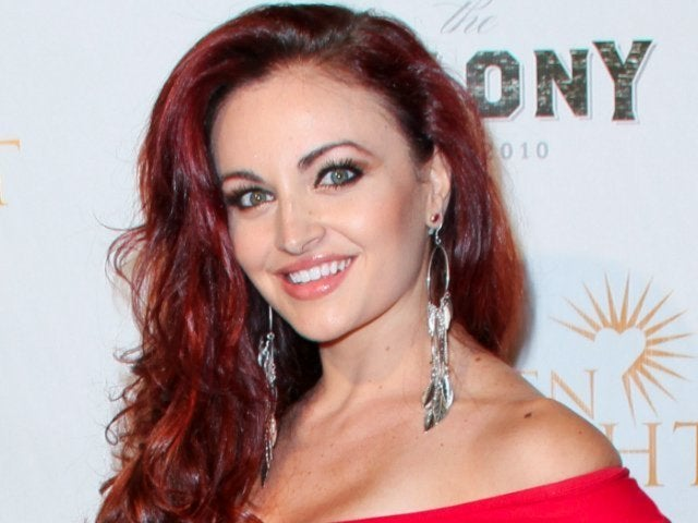 WWE Diva Maria Kanellis Cleared to Return to Wrestling