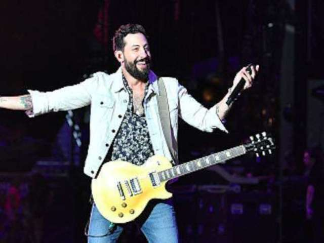 Old Dominion's Matthew Ramsey Stays Connected to Family on the Road