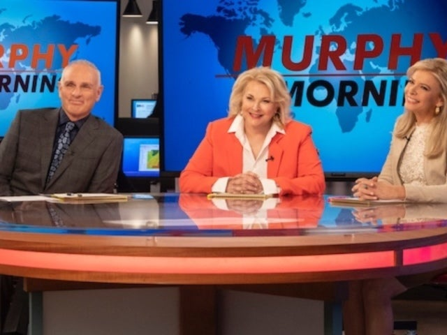 'Murphy Brown' Breaks Into White House, Confronts Sarah Huckabee Sanders