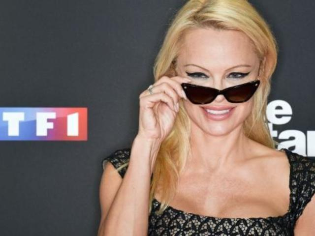 Pamela Anderson Injured on Set of French Edition of 'Dancing With the Stars'