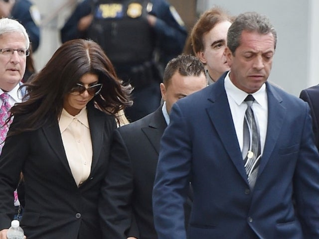 Joe Giudice Deportation Will 'Break' Wife Teresa, Source Says