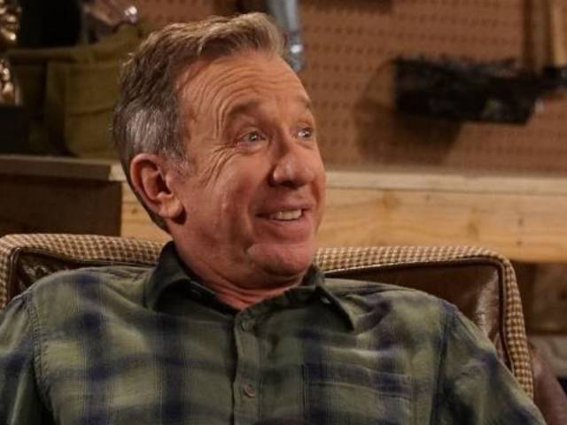Tim Allen Celebrates 'Last Man Standing' Return With Family Photo