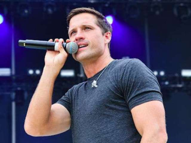 Walker Hayes Is Eager to Help Those Overcoming Addiction