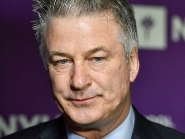 'SNL' Playfully Shades Alec Baldwin Following His Arrest in Cold Open