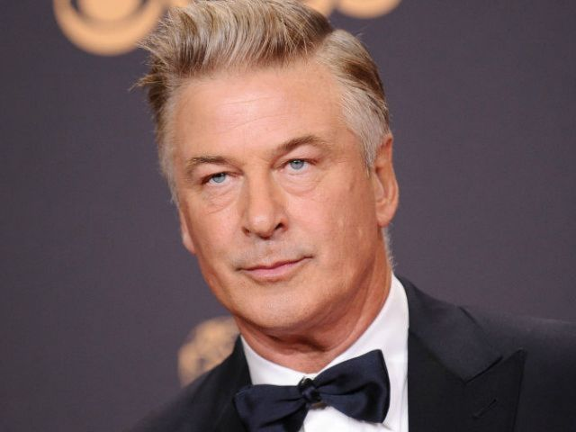 Alec Baldwin Details Anger Management Class He Took After Parking Lot Arrest to Howard Stern