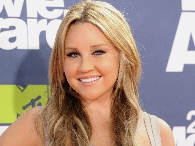 Amanda Bynes Checks Into Mental Health Facility After Stress-Related Incident