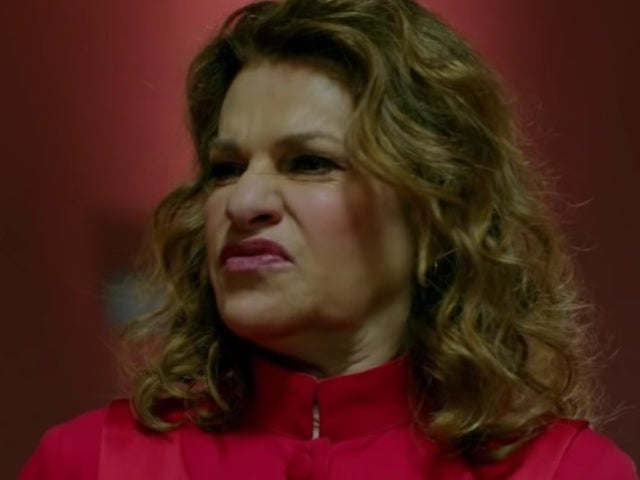 'Roseanne' Actress Sandra Bernhard Joins 'American Horror Story' as Satanic Priest