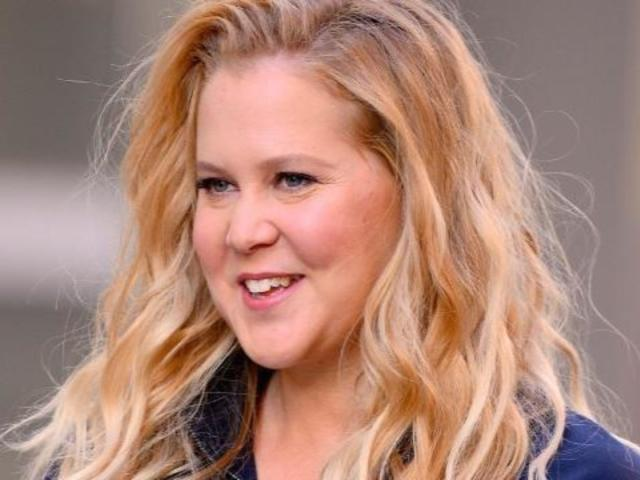 Amy Schumer Stirs Internet After Posting Photo of Herself Peeing Beside Her Car