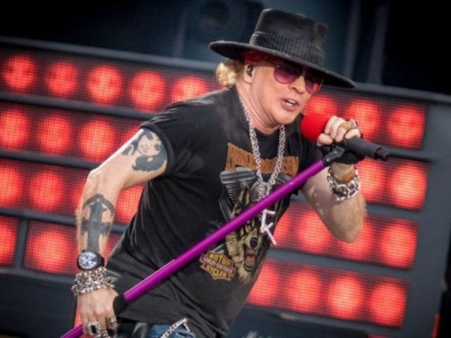 Guns N' Roses Set Abruptly Ends When Axl Rose Falls 'Severely Ill'
