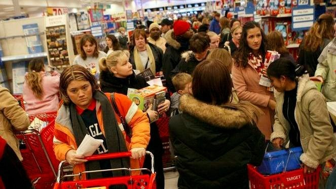 black-friday-GettyImages-56272279-01
