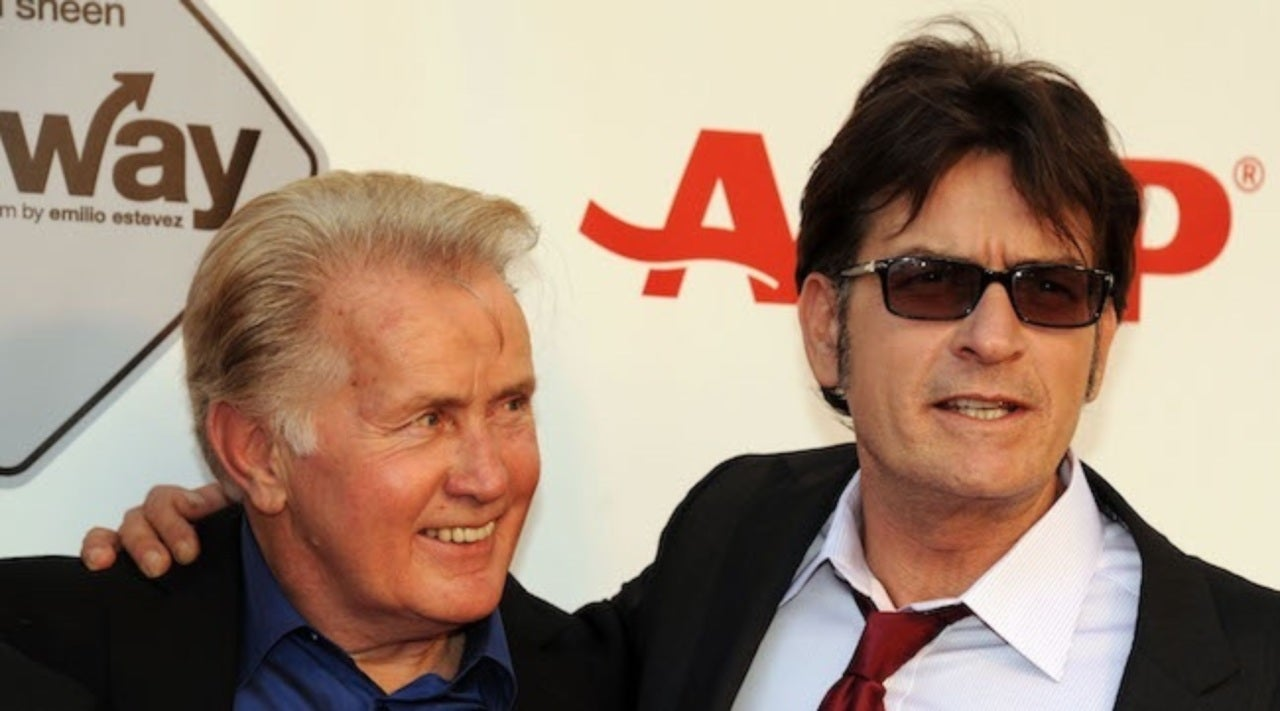 Charlie Sheen | Charlie Sheen Unable To Contact Parents Martin And Janet Amid