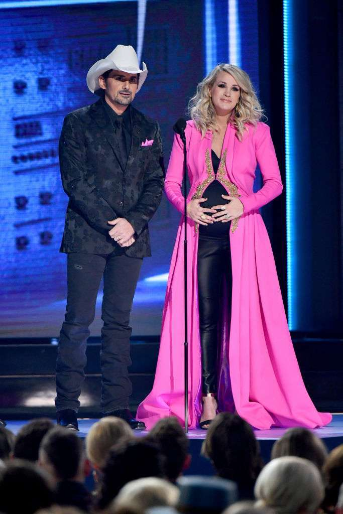 Every One Of Carrie Underwood S 2018 Cma Awards Outfits